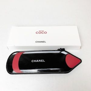 Chanel Beaty Crayon Cosmetic Bag